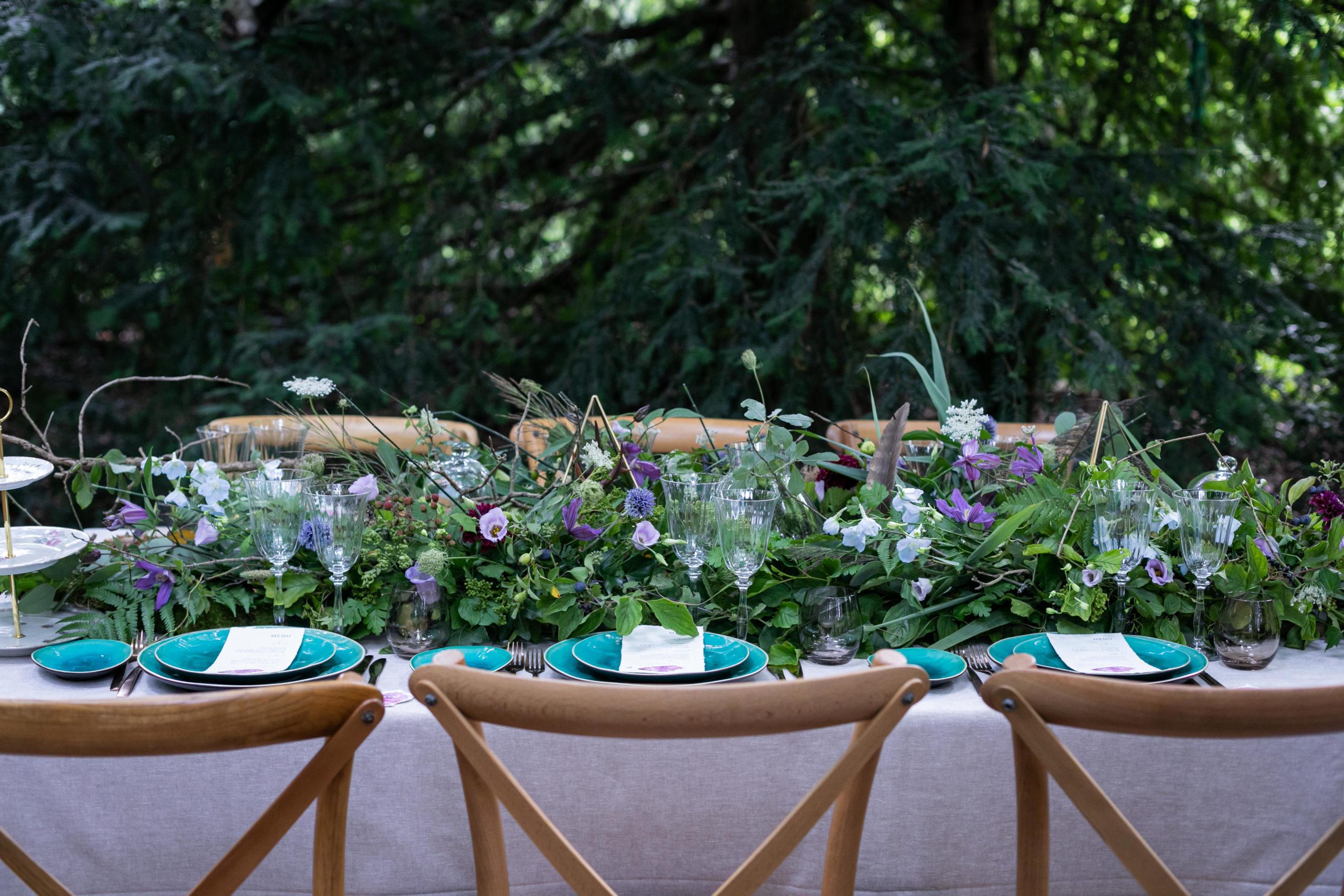 Wedding design nature turquoise pour cette magnifique table de mariage distinguée et de prestige